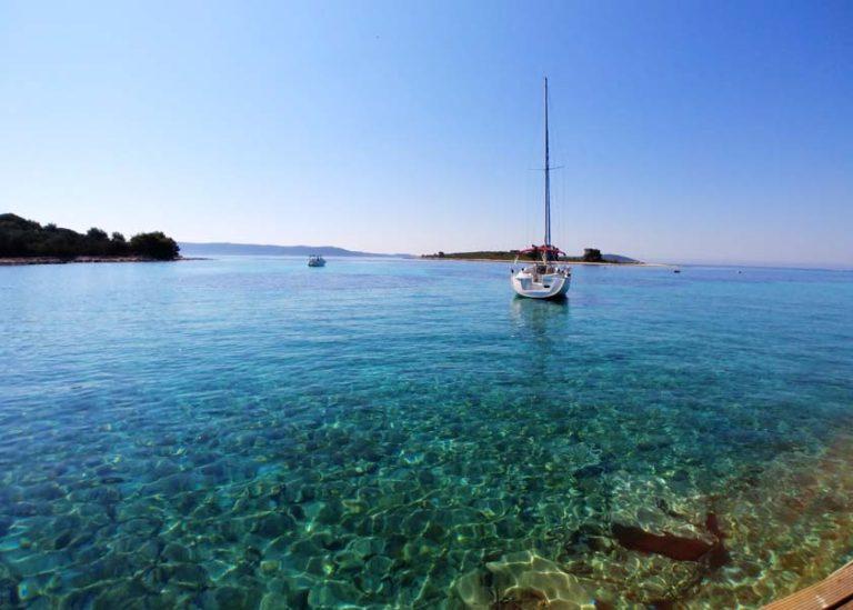 Blue lagoon near Trogir