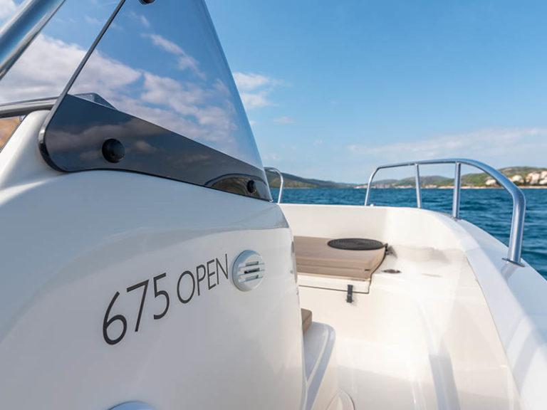 Boat-hire-675