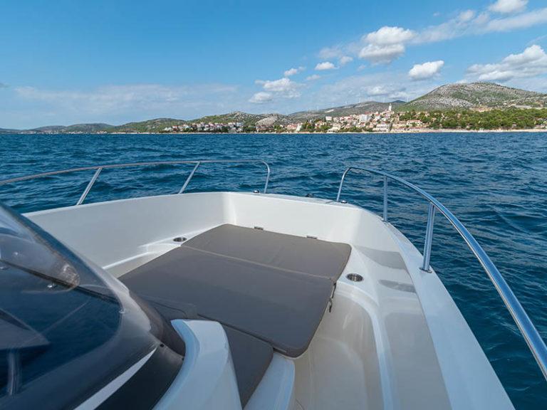 rent-quicksilver-boat